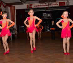 Vystoupení na plese ZŠ Frýdecká 1. 3. 2013