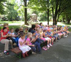 Koncerty pro mateřské školky z projektu Mládež v akci: 22. 6. 2011, MŠ Lipová, Havířov